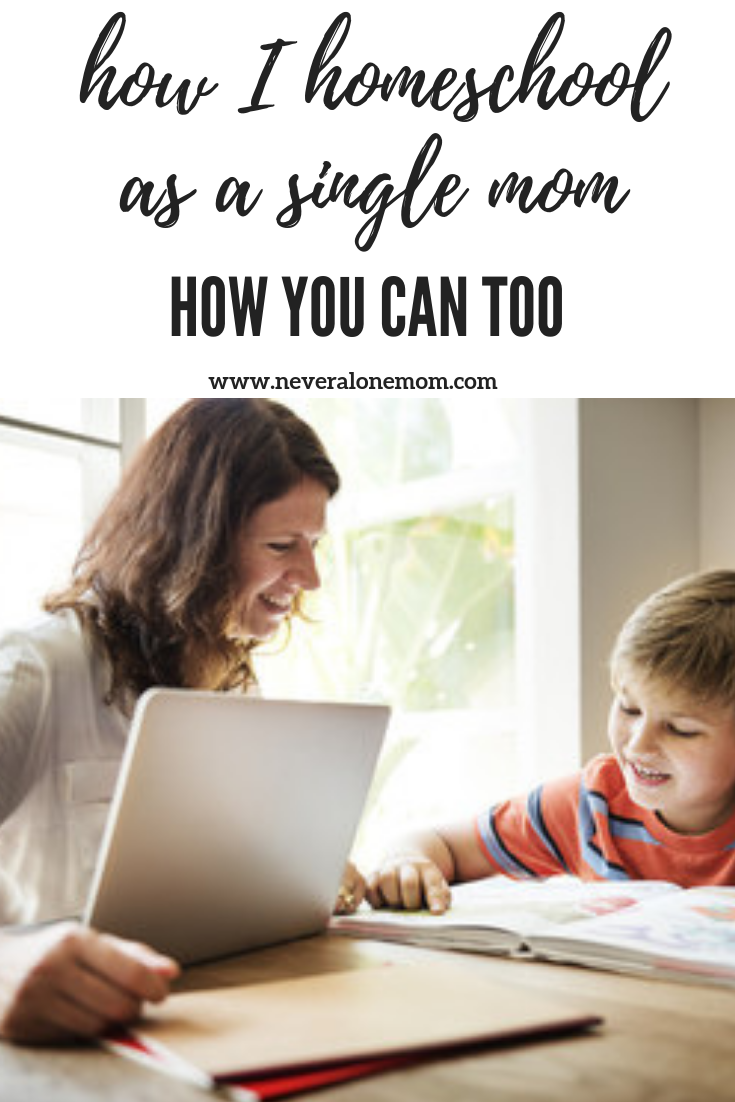 How I homeschool as a single mom | neveralonemom.com